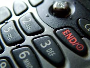 ¿Sabe si lo que paga por servicio de celular es lo que realmente gastó al mes? El ICE no da detalles de la facturación aunque por ley debe hacerlo. CRH