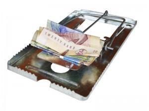 Los créditos no siempre son buena idea. Los expertos recomiendan evitar las deudas superfluas, que podrían convertirse en trampas. CRH
