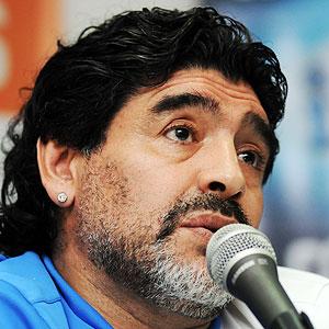 Maradona responde a Pelé. CRH