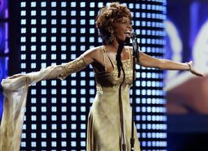 Últimas canciones de Whitney Houston salen hoy a la venta. EFE