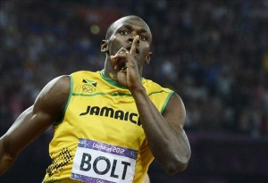 Bolt culmina el doble triple con récord mundial en 4x100. EFE