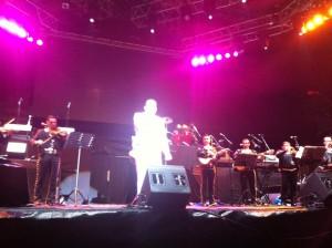 El humorista Opo Marín cerró la primera parte del evento con una parodia del mismo Juan Gabriel.