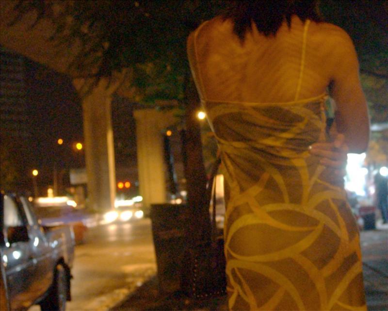 de masajes, actividad que encubría el ejercicio de la prostitución
