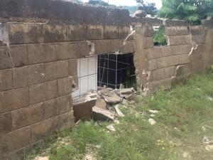 Cementerio de Nicoya sufrió algunos daños tras el temblor. CRH