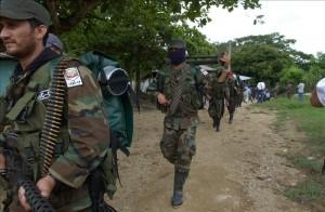 Los indigenistas Terence Freitas, Ingrid Washinawatok y Larry Gay Lahe, fueron secuestrados por las FARC en febrero de 1999 y en marzo de ese mismo año aparecieron muertos a tiros en un paraje venezolano limítrofe con Colombia.EFE