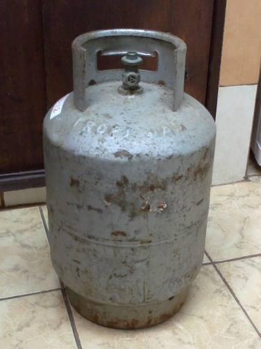El cilindro es suyo s pero no como las empresas gaseras for Valor cilindro de gas
