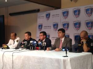 Personeros de seguridad dieron detalles en conferencia de prensa. CRH
