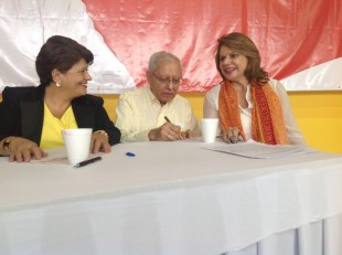 Helio Fallas y Ana Helena Chacón candidatos a vicepresidentes por el PAC. CRH.