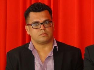 El periodista Manuel Estrada  también denunció agresiones en su contra, en un simulacro del OIJ para comunicadores. (CRH)