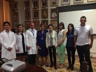 Este es un pequeño grupo de pacientes que fueron sometidos a una microcirugía. CRH.
