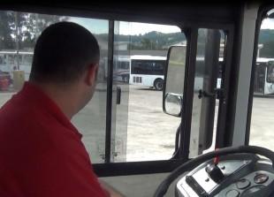 Rodrigo Vindas, chofer de autobús. CRH