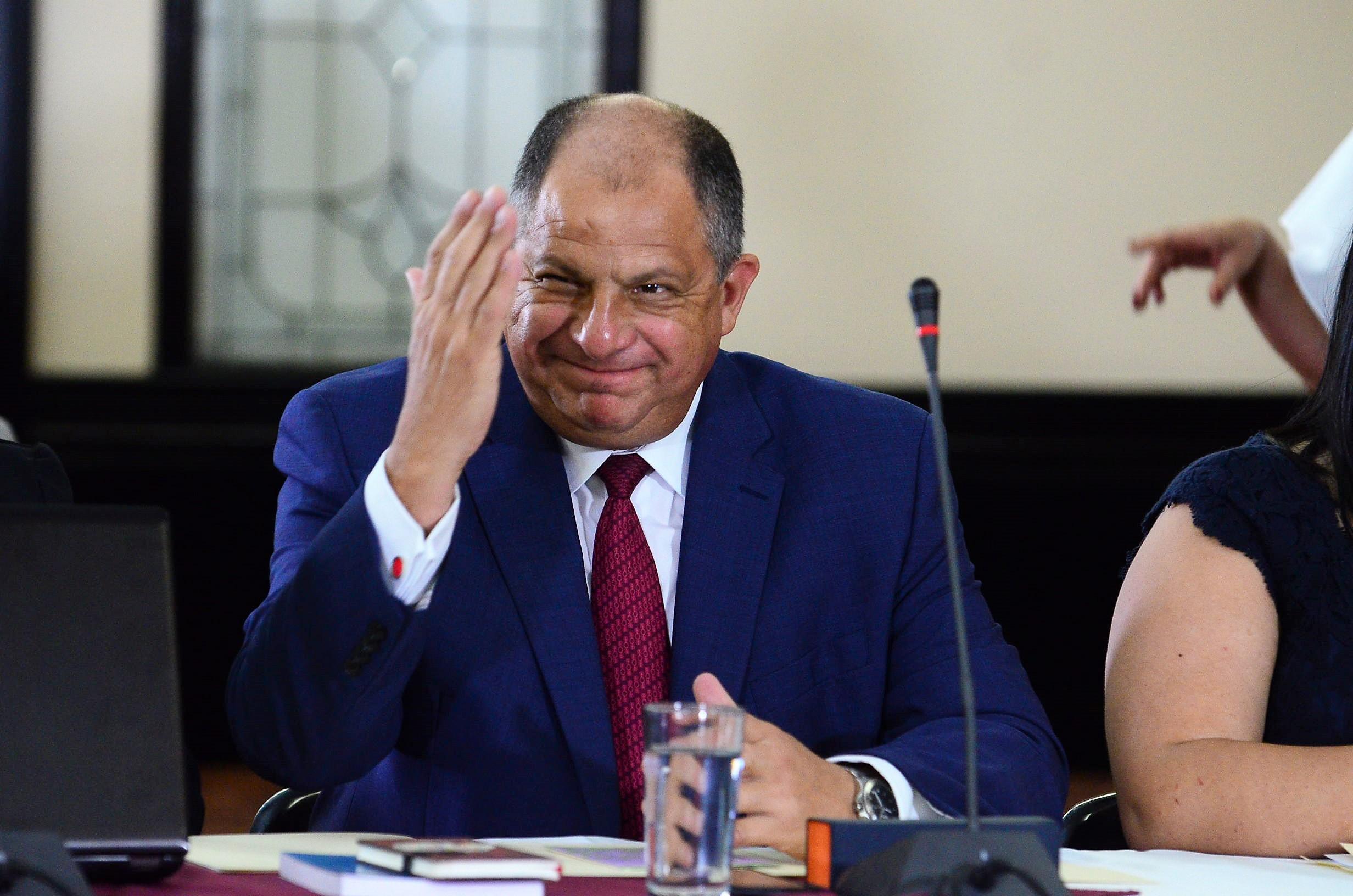 Solís defendió sus acciones en torno a Bancrédito ante la Comisión Legislativa que investigó el llamado hueco fiscal. (CRH)