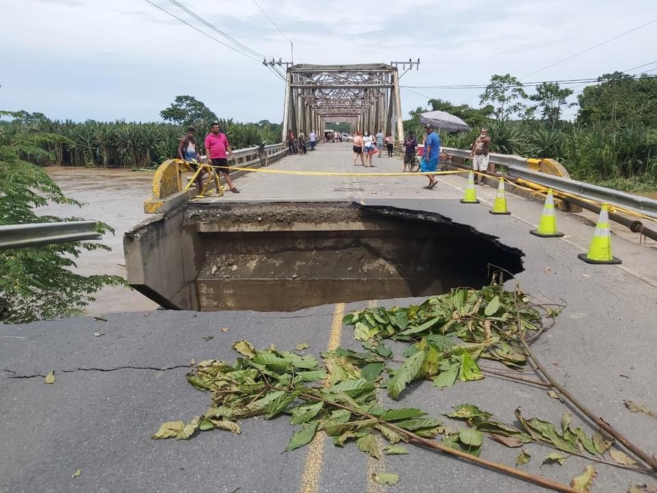 """Puente que colapsó por lluvias fue declarado en condición """"alarmante"""" desde 2018"""